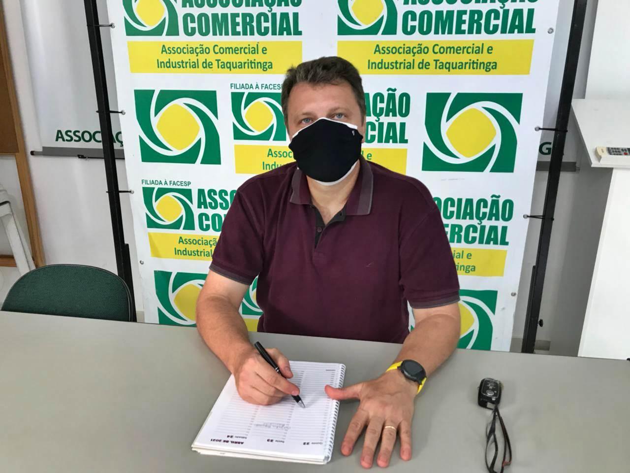 Em Taquaritinga (SP): Presidente da ACIT diz que lojistas estão otimistas com reabertura do comércio