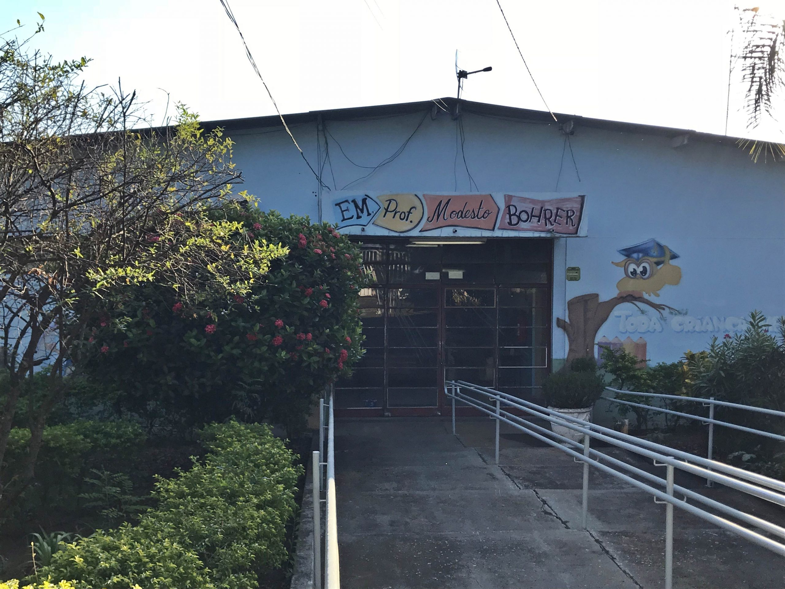 Em Taquaritinga (SP): Prédio da Modesto Bohrer é escolhido para a instalação de escola cívico-militar